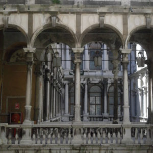 Venice Art Tours - arches
