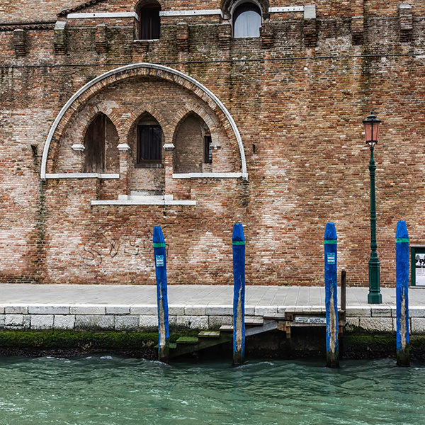wall_in_venice